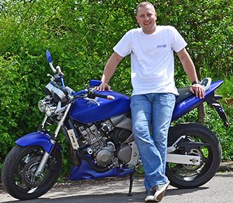 fahrschule_stroeker_dirk_am_motorrad